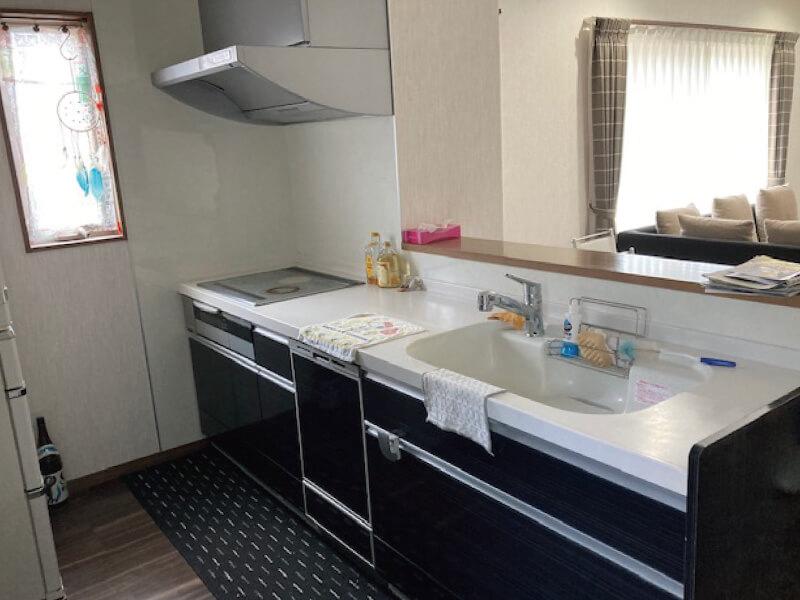 キッチン(津市半田の中古住宅)